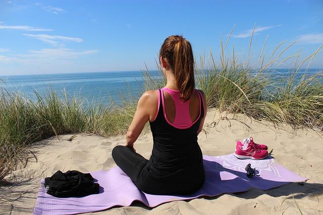 Počas detoxikácie sa odporúča ľahké cvičenie a vyhýbanie sa stresu