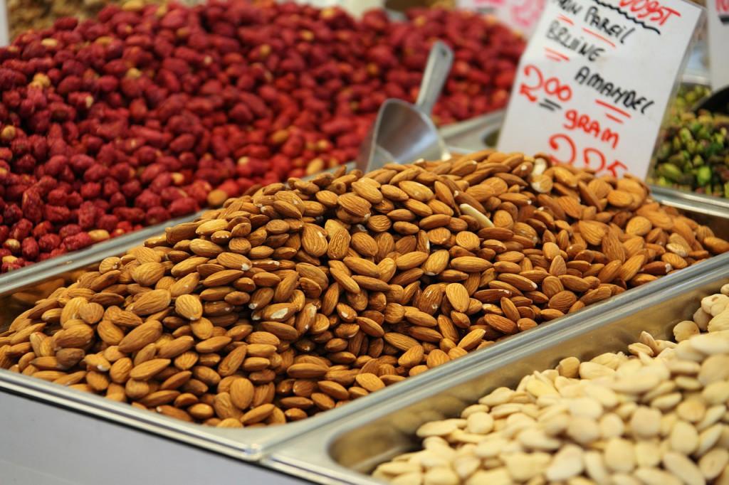 zdravý jedálniček semienka orechy