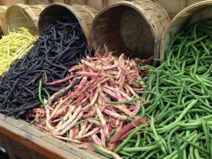 Strukoviny ako zdroj bielkovín sú vhodné ako pre vegetariánov, tak i pre vegánov.