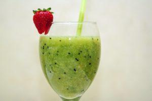 Green smoothie resp. ovocno zeleninové smoothie je vhodným spestrením Vášho jedálnička.