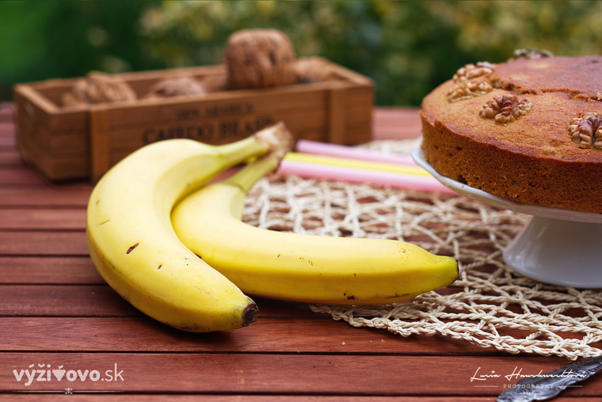 Ľahký banánový koláč