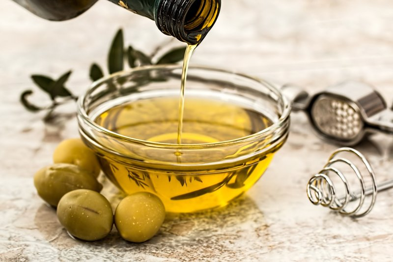 Olivový olej na očistu čriev - Výživovo.sk