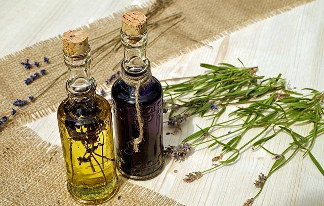 Rôzne druhy rastlinných olejov hľadajte vobchodoch so zdravou výživou.
