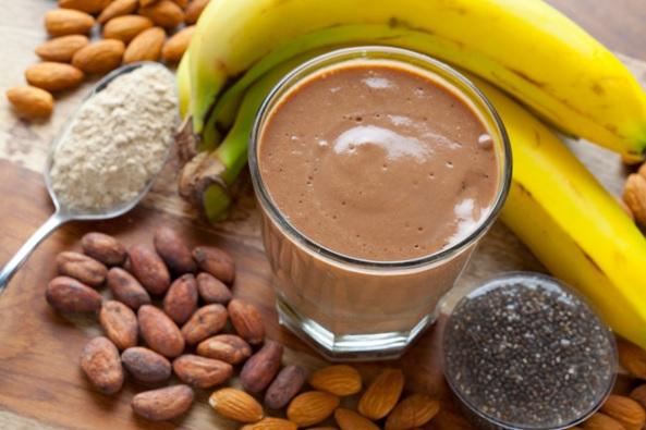 Mliečne výrobky, orechy, banány, avokádo - prirodzene bohaté zdroje bielkovín