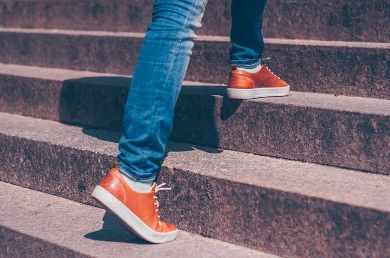 chodenie po schodoch