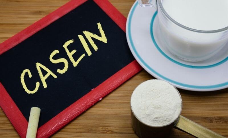 Kazeínový proteín je vhodné piť pred spaním