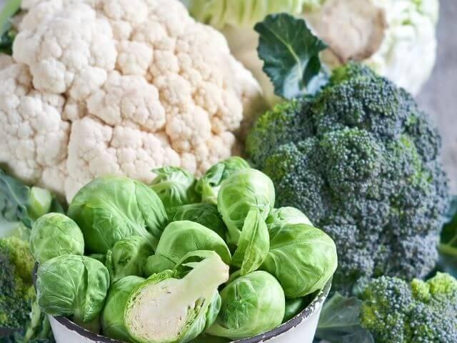 Indol-3-karbinol je fytochemikália, ktorá sa nachádza najmä v kapustovitej zelenine