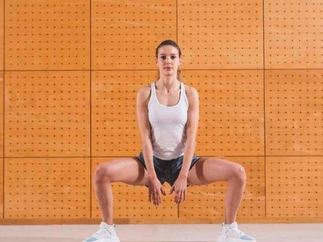 Sumo drepy pomáhajú formovať vnútorné stehná
