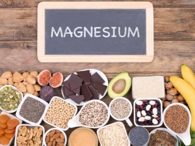 Horčík (magnezium) patrí k najdôležitejším minerálom v ľudskom tele. Je obsiahnutý tak v orieškoch, avokáde, ako i banánoch