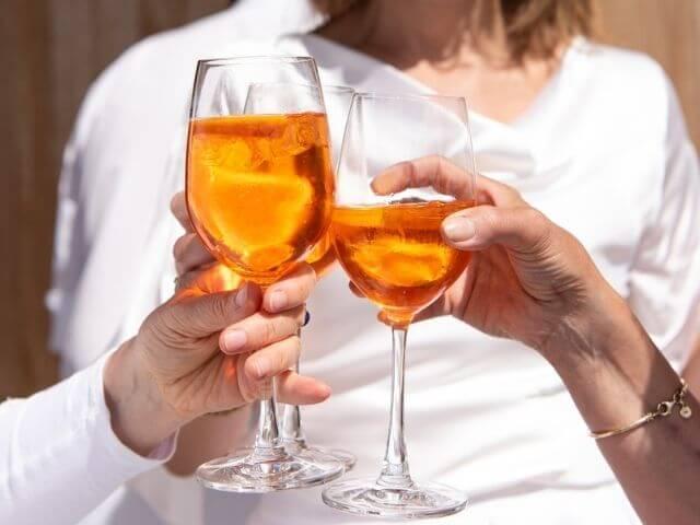 Aperol je ideálnym alkoholickým drinkom na prípitok