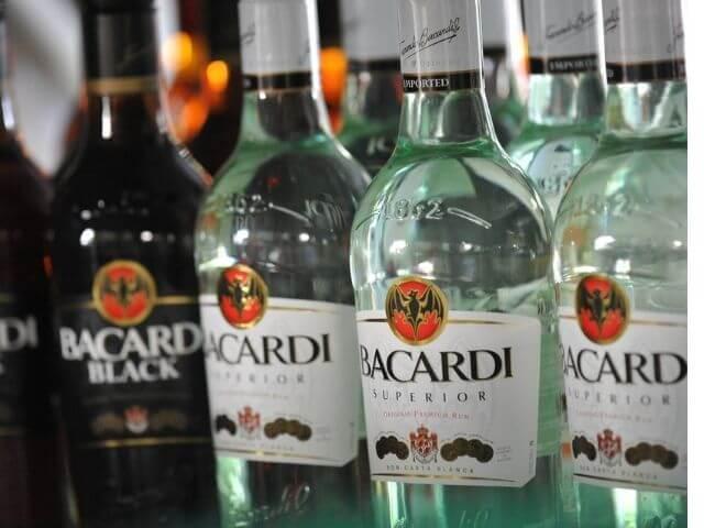 Bacardi rum - pôvod, koktejly a kde kúpiť